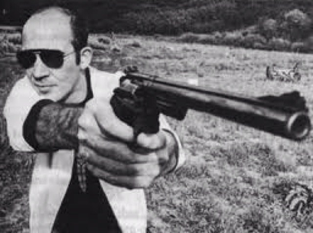 hunter s thompson with gun